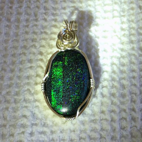 Fairy Stone Pendant-Set in Argentium Silver Image2